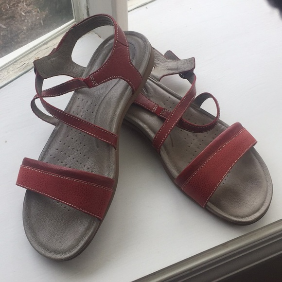 2c94b9a39b23 Keen Shoes - Keen red leather strappy sandals 10.5